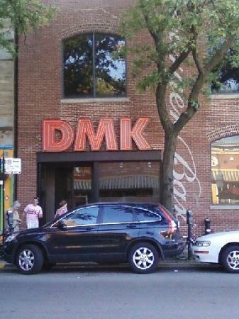 dmk-burger-bar